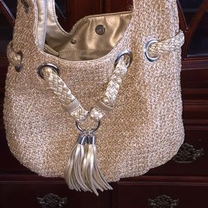 New Bueno gold purse 👛 excellent condition